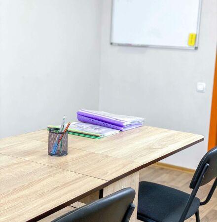 Лекционный зал для иностранных языков и теоретических занятий по другим направлениям